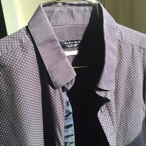 Zara - L Slim Fit Blue w/ White Design. Ribbon